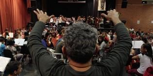 Al Mismo Tempo : presentació de documental i concert de Vozes