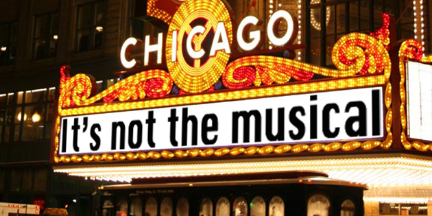 "Chicago, it's not the musical amb ""Over the rainbow"""